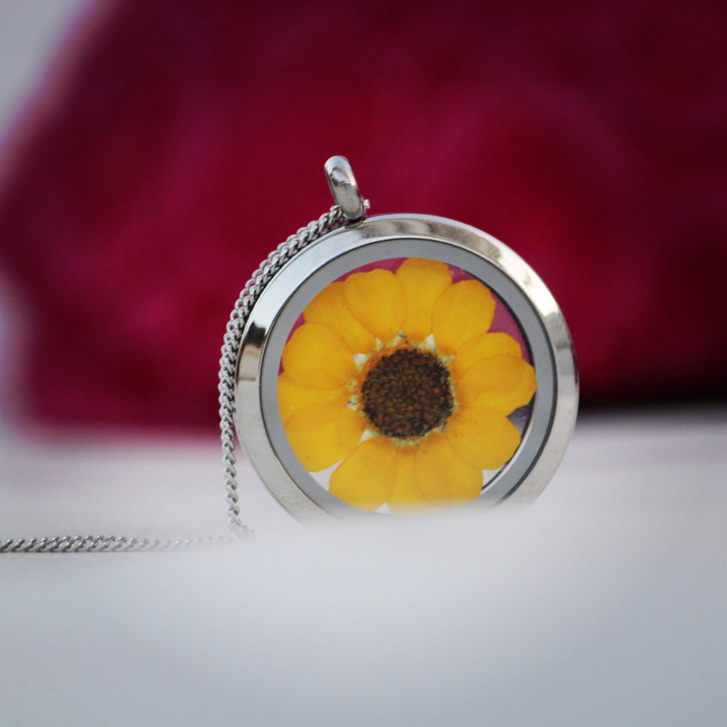 "Necklace Eco Chic Yellow Daisy Flower ""Love is Love"" Glass Locket"