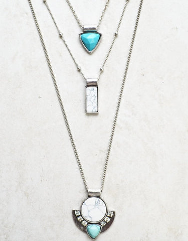 Wander This Way Layered Necklace (Silver)