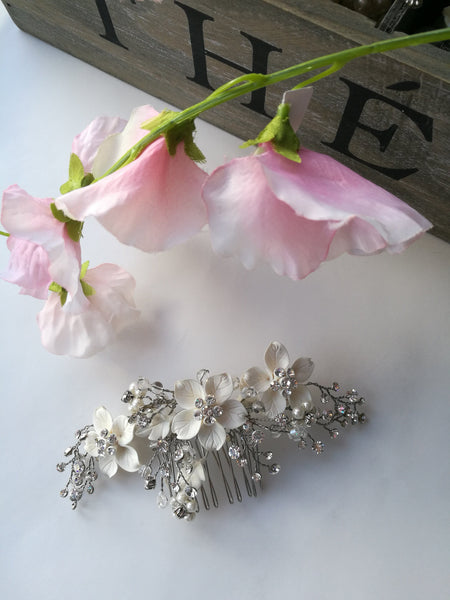 Caspa - Ivory Floral Crystal Hair Comb