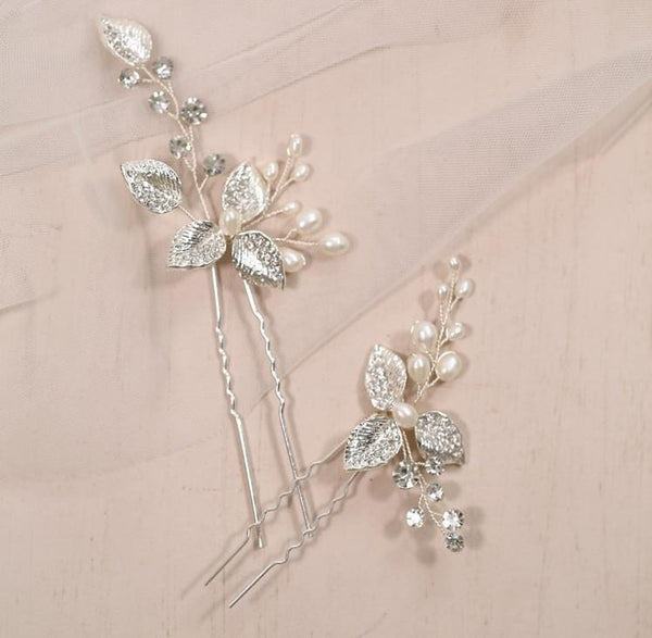 Essie - Leaf Hair Pins Set