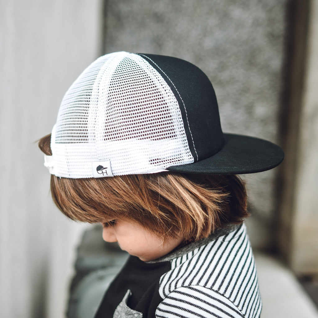 Black White Mesh Trucker - George Hats