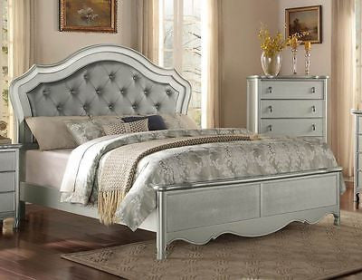 GLAMAROUS CHAMPAGNE FINISH BUTTON TUFTED QUEEN BED BEDROOM FURNITURE