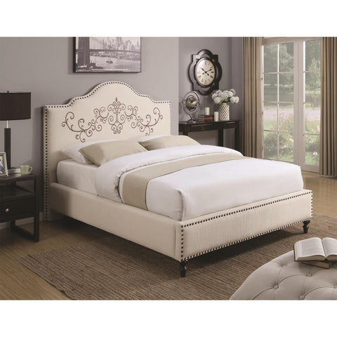 CAMELBACK CREAM EMBROIDERED HEADBOARD NAILHEAD QUEEN BED BEDROOM FURNITURE