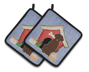 Buy this Dog House Collection Chocolate Labrador Pair of Pot Holders