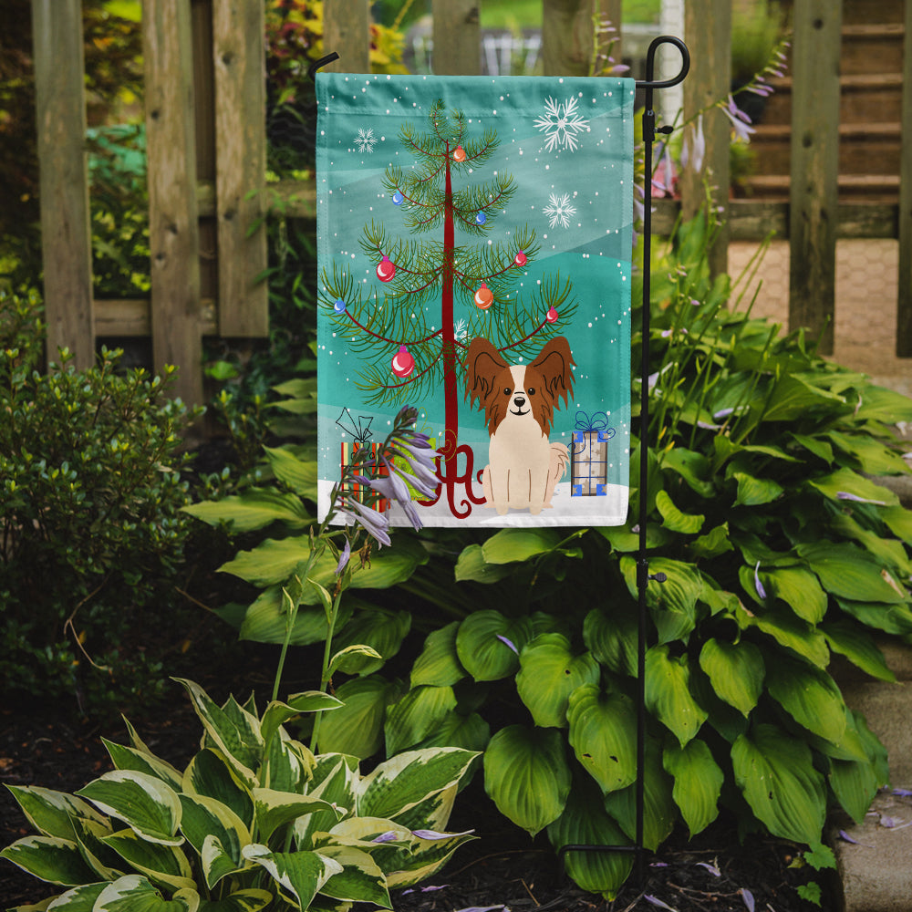 Merry Christmas Tree Papillon Red White Flag Garden Size BB4203GF by Caroline's Treasures
