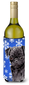 Pug Winter Snowflakes Holiday Wine Bottle Beverage Insulator Beverage Insulator Hugger SC9366LITERK by Caroline's Treasures