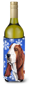 Basset Hound Winter Snowflakes Holiday Wine Bottle Beverage Insulator Beverage Insulator Hugger SC9372LITERK by Caroline's Treasures