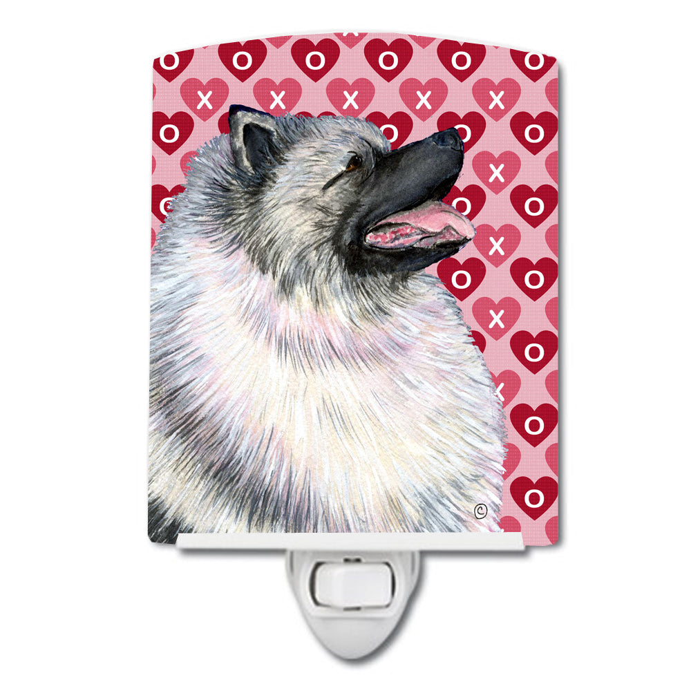 Keeshond Hearts Love and Valentine's Day Portrait Ceramic Night Light SS4488CNL by Caroline's Treasures