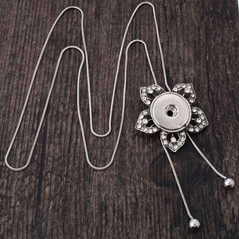 Flower Tassel Snap Necklace
