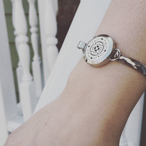 Stainless Steel Essential Oil Diffuser Bracelet
