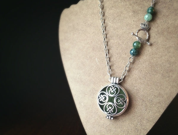 Celtic Heart Style - Silver Tone Diffuser Locket Necklace - CHOOSE YOUR BEAD