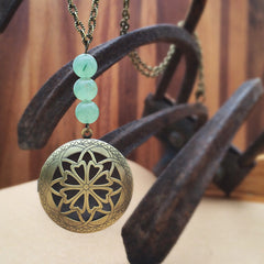 Essential Oil Locket Diffuser Necklace - Green Aventurine