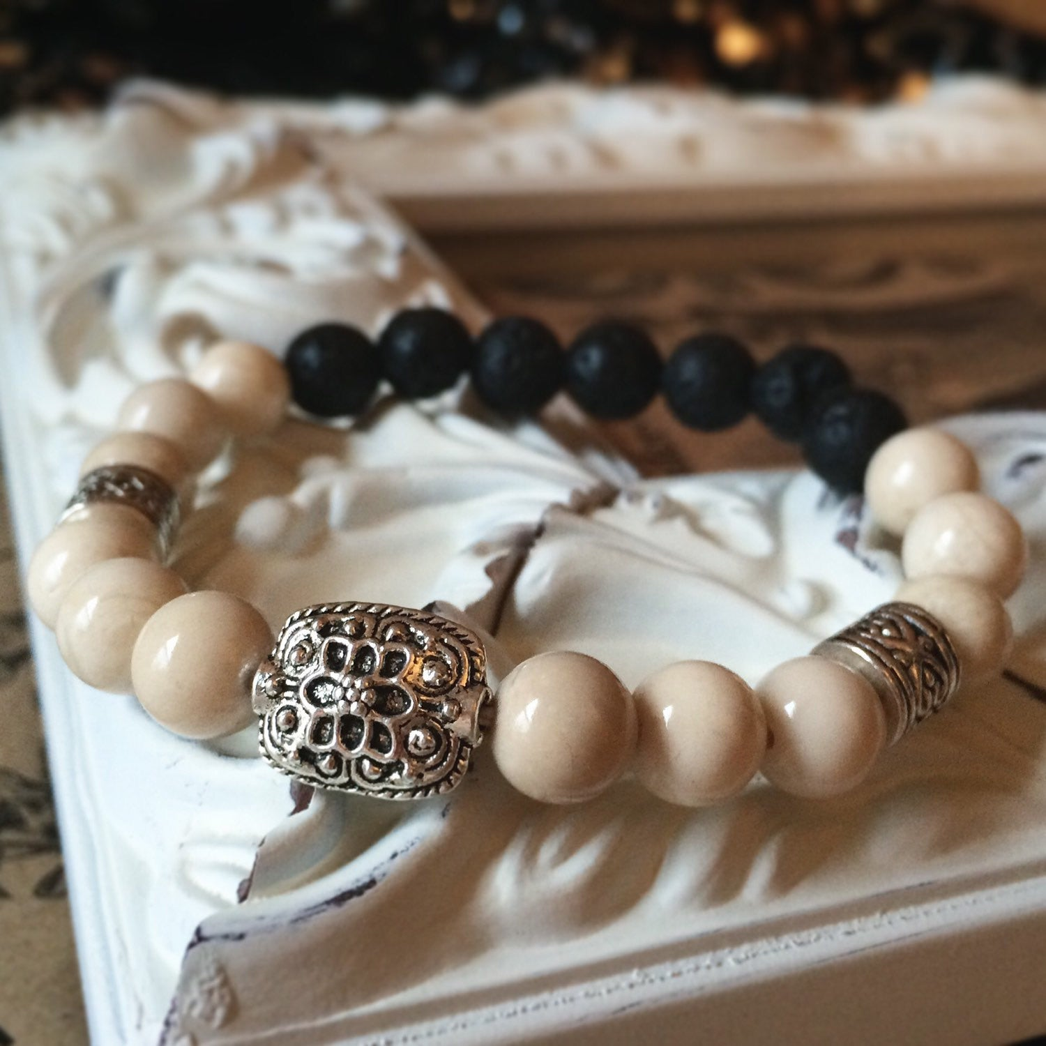 Natural Riverstone Beads - Lava Diffusing Stretchy Bracelet