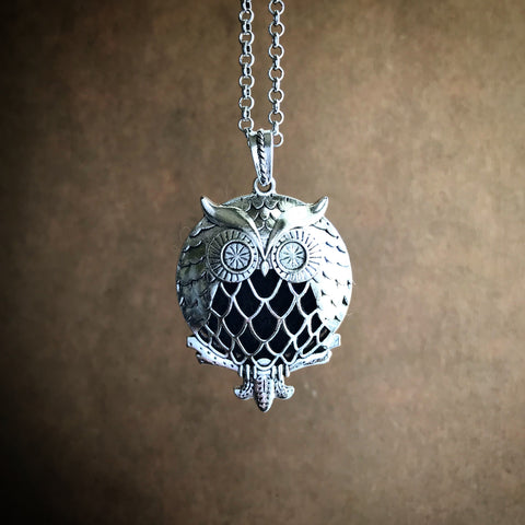 The Wise Owl Diffuser Necklace