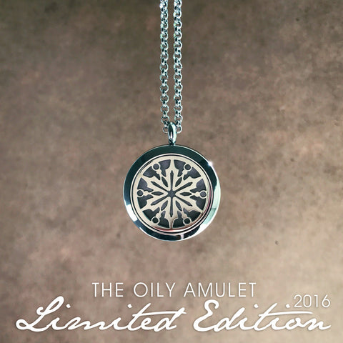 Essential Oil Diffuser Necklace Essential Oil Jewelry Snowflake Christmas Gift for mom Oil Diffuser Aromatherapy Necklace Aromatherapy Jewelry Aroma Diffuser