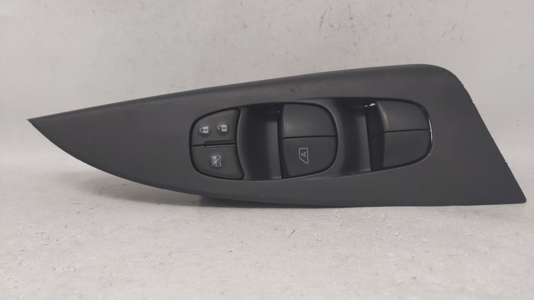 2013-2014 Nissan Sentra Driver Left Door Master Power Window Switch 69136