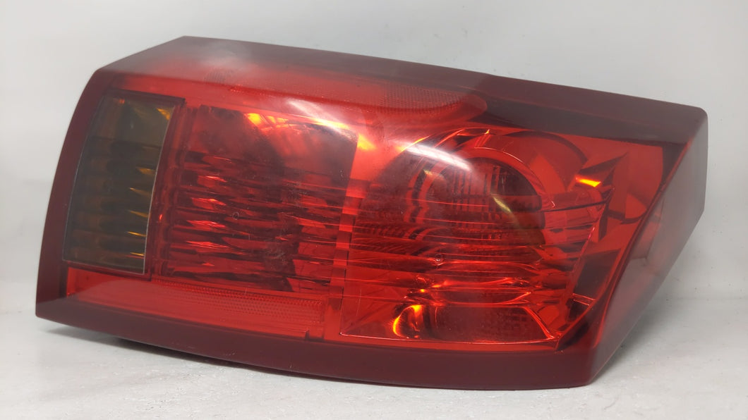 2003-2004 Cadillac Cts Driver Left Side Tail Light Taillight Oem 69408