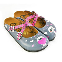 Gray & Pink Heart Crisscross Clogs WCAL167