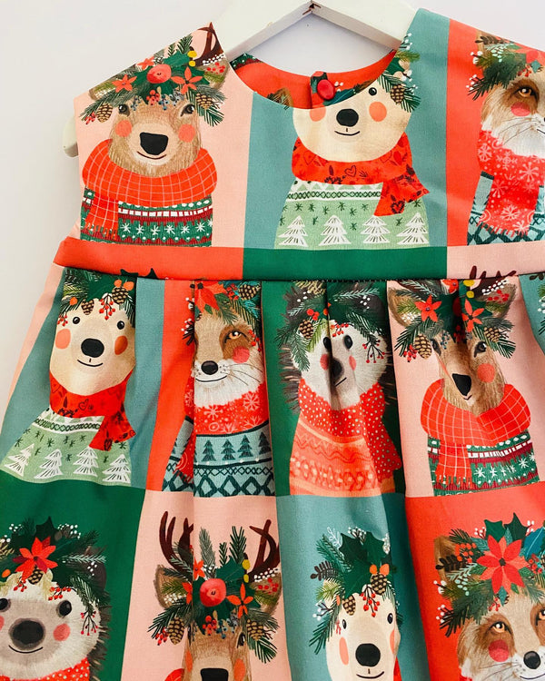 'Christmas Friends' TOP - 2/3 weeks Turnaround
