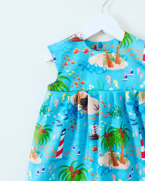 'Island Life' dress - 2/3 years (normally £31) Ready to pop in post.... Made for pics 🏝