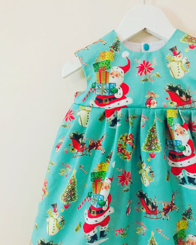 'Happy Vintage Christmas' dress 👗🎄🎅🏻