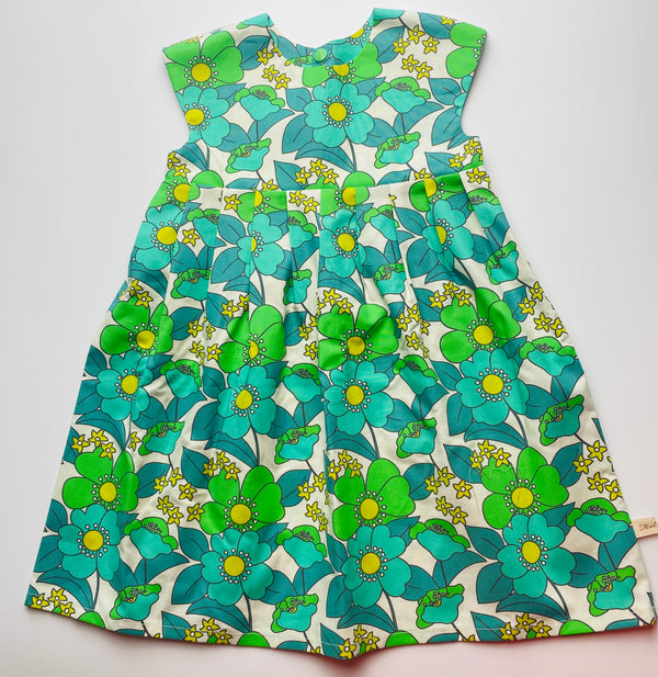 'Retro Floral' dress (Green)- 2/3 Years - READY TO POST