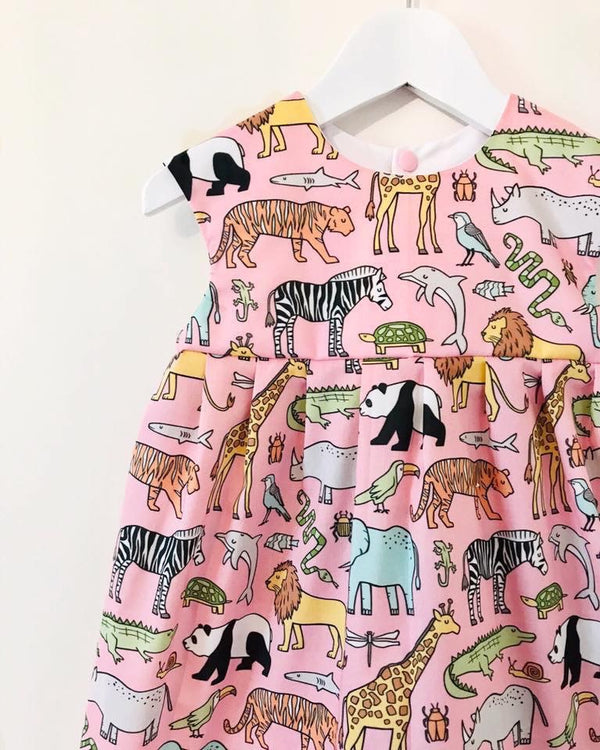 'Let's go to the Zoo' dress 🦒🦓🐅💕AVAILABLE FOR PREORDER. TURNAROUND 2/3 WEEKS