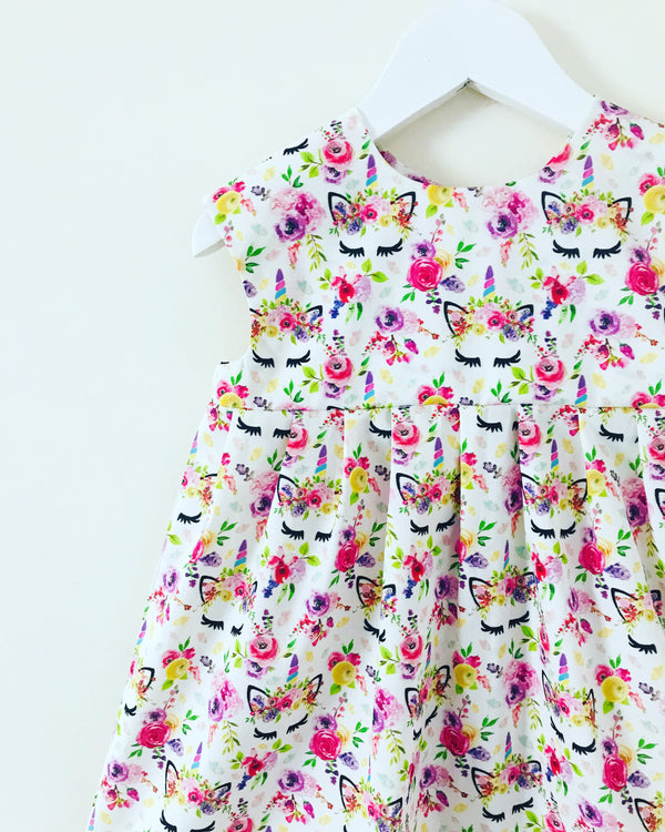 'Floral Unicorn' dress 🦄