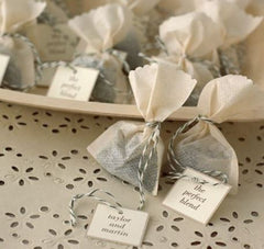 tea bags with name tags for weddings