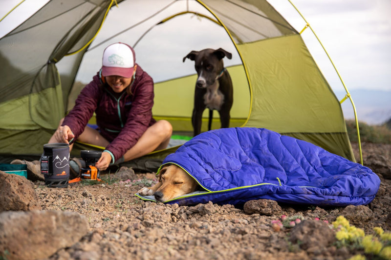Sovepose til hund I Ruffwear Highlands