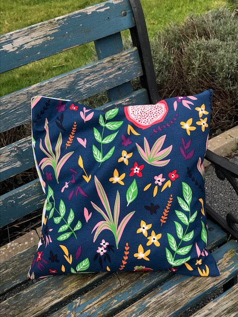 Colour Smash Cushion (Navy Fauna)