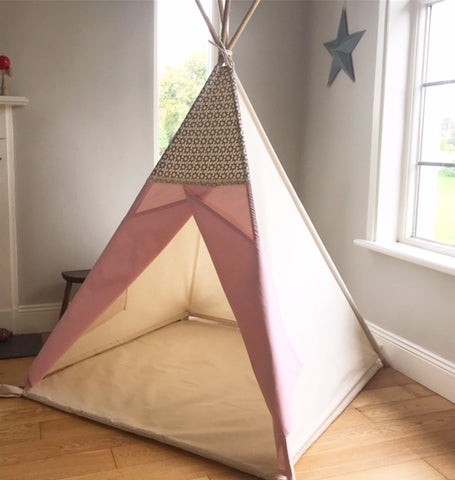The Grey / Pink Flower Teepee