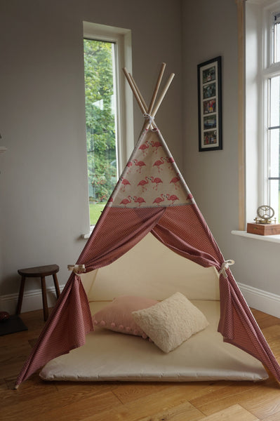 Teepee tent flamingo fabric