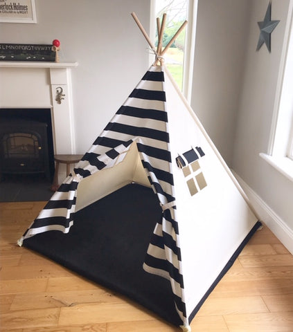 teepee tent for kids with black and white stripe front