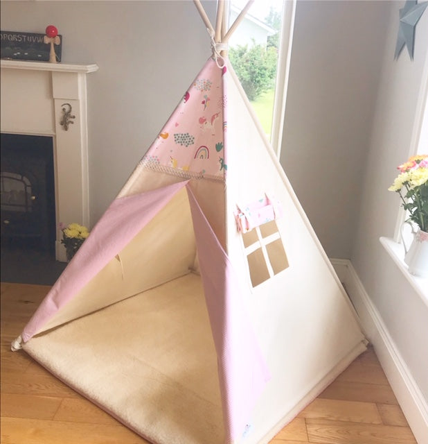 Unicorn teepee with window