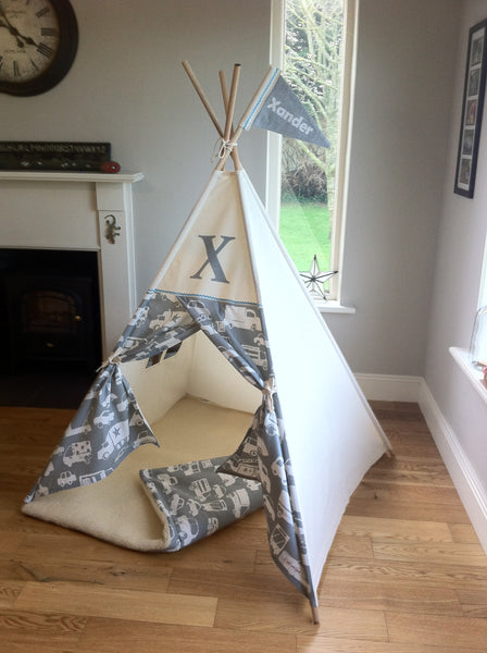 teepee tent with car design