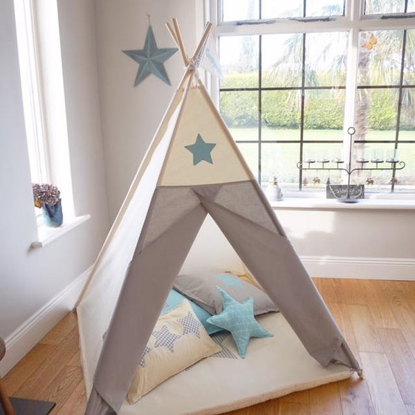 teepee with blue star