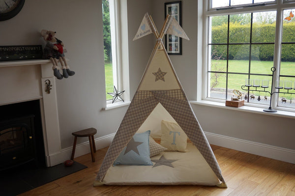kids teepee with poles