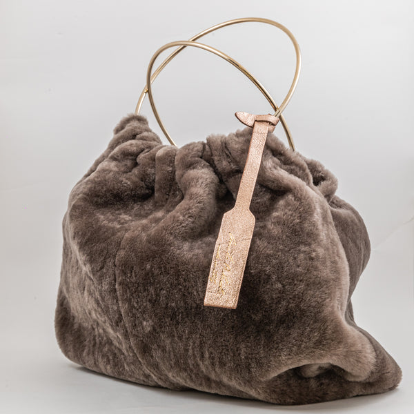 Anita Bilardi Viola grey sheepskin reversible bag with metal ring