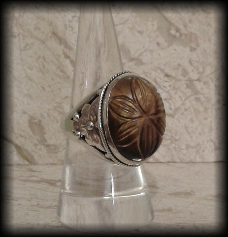 Large Chunky Carved Indian Tigers Eye Cabochon Ring in 925 Solid Sterling Silver - Preloved Jewels