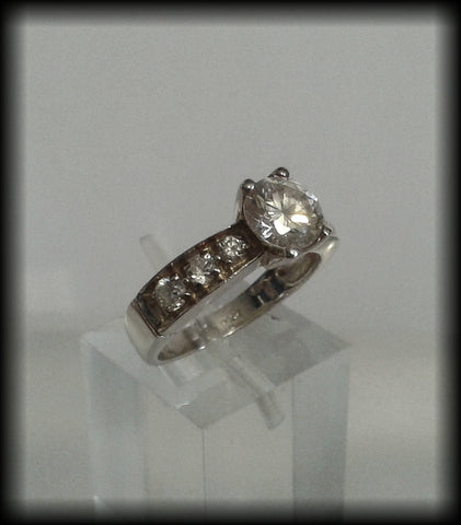 925 Solid Sterling Silver & Diamonique Cubic Zirconia Ring from QVC - Preloved Jewels