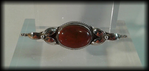 Vintage 925 Solid Sterling Silver and Agate Cabochon Large Bar Brooch - Preloved Jewels