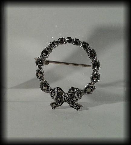 Vintage 925 Solid Sterling Silver Marcasite Studded Circular Bow Brooch - Preloved Jewels