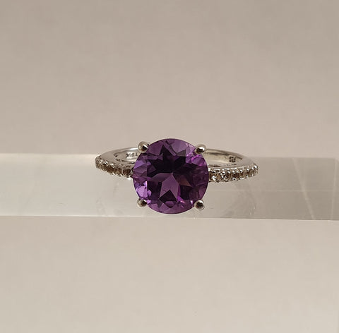 925 Silver Ring with Amethyst and Topaz from The Genuine Gemstone Company - Preloved Jewels