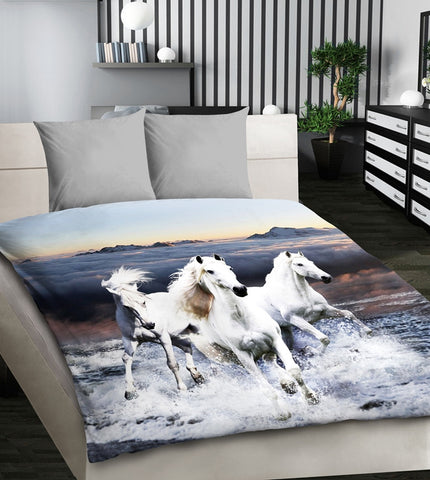 White Horses Lifelike Print Bedding Set