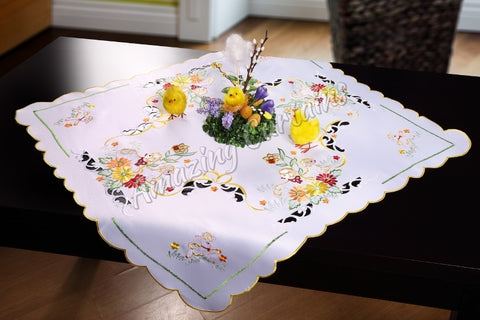 Square Tablecloth with Easter Sheep 85x85cm