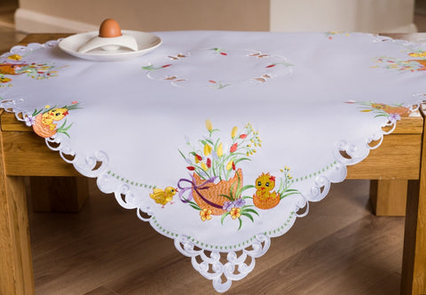 Square Tablecloth with Easter Chicks 85x85cm