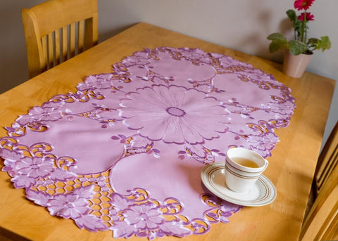 Light Purple Table Runner Oval - 60 x 120cm