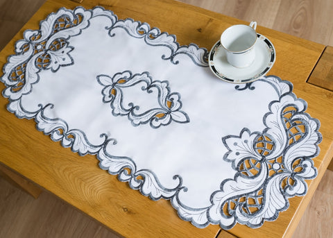 Table Runner - White/Grey 40 x 90cm - Amazing Curtains