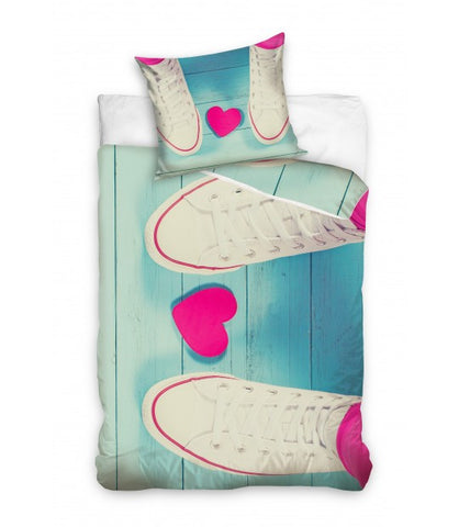 Bedding Set with Trainers & Heart - Amazing Curtains